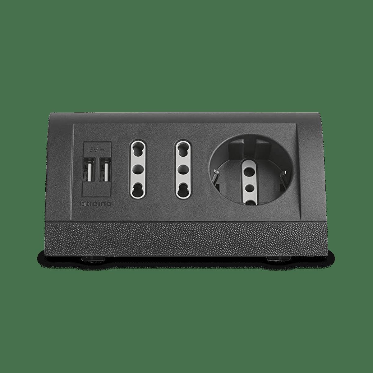 DOTATI ANCHE DI PRESA USB